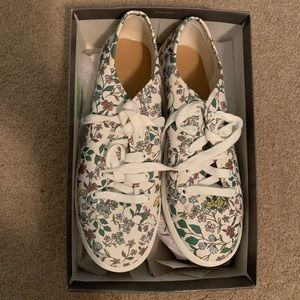 LOFT Floral White Sneakers